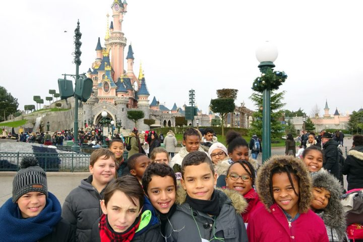 AGOSPAP-(12-2017)-Disneyland-Folly.47